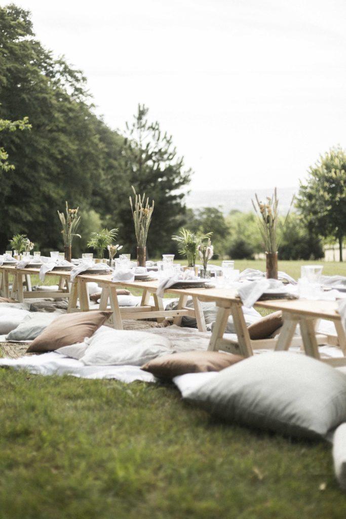 MT130  - 20€  Table pique-nique pour 8 personnes 2M x 0.80CM